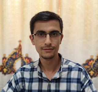 آقای رضا محمدی زاده